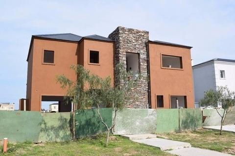 Imagen 1 de 6 de Tigre Barrio San Gabriel Venta Casa 6 Ambts A Estrenar