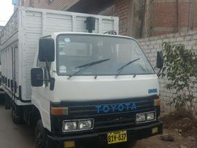 Camioneta Pickup Baranda Toyota Dyna 3.5 Toneladas