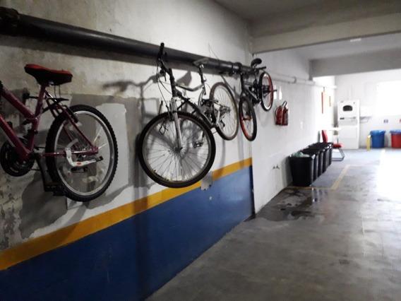 Apartamento Para Alugar Com Garagem + Condomínio
