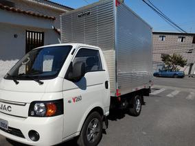 Jac Motors V260, Caminhão Vuc, Caminhonete