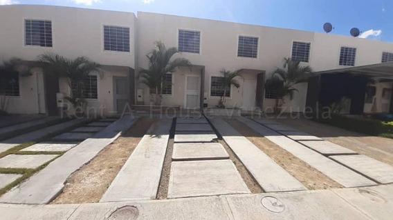 Casas En Venta La Ensenada, Yaracuy Lp Flex N°20-7842