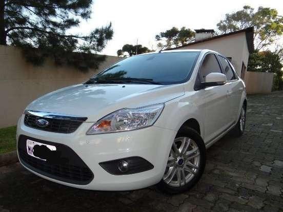 Focus Sedan 2.0 Aut. Único Dono, Muito Bem Conservado