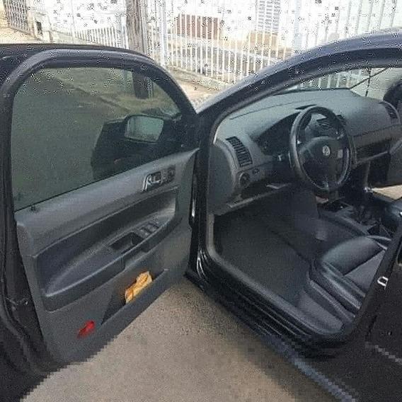 Volkswagen Polo Sedan 1.6 Comfortline Total Flex 4p 2008