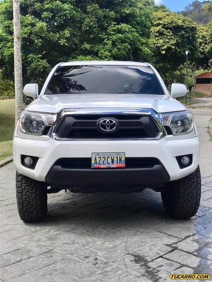 Toyota Tacoma 4x4 Sr5