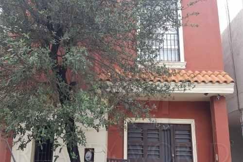 Casas En Venta En Mitras Poniente, García