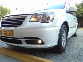 Super Van Chrysler 2011 Full