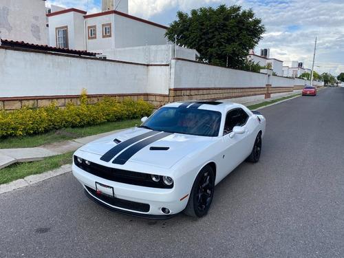Imagen 1 de 14 de Dodge Challenger