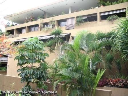 Apartamentos En Venta Mls #20-15961