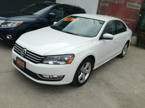 Volkswagen Passat 2.5 Design At