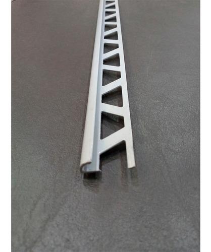 Imagen 1 de 5 de Perfil De Aluminio 08x2440mm Pcca Gris Zocalis
