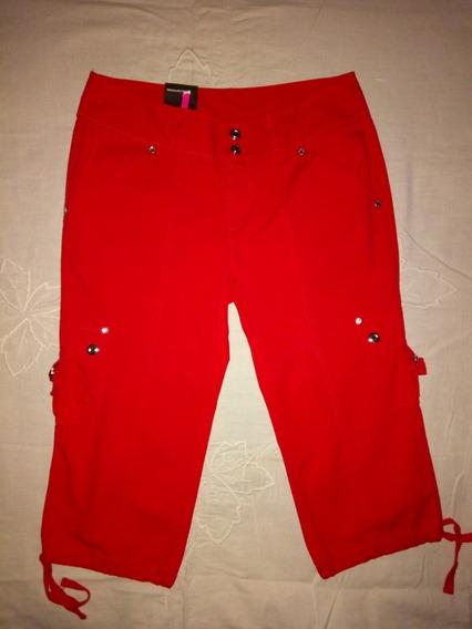 Pantalón Capri Con Spandex Rojo Talla 30 Inc Para Dama