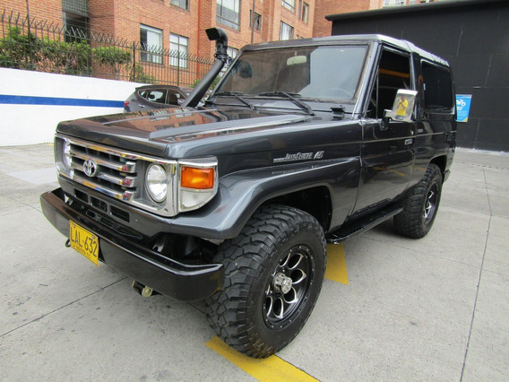Toyota Land Cruiser Blindado Nivel 2