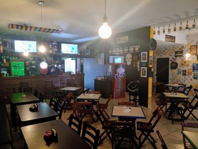 Restaurante E Choperia/ Bar Temático