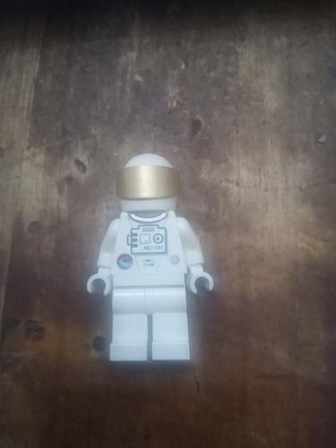 Minifigura Lego Astronauta (cu13)