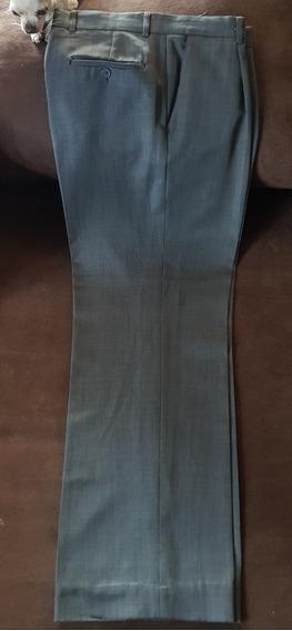 Pantalon Yale Talla Mediana Color Verde Opaco