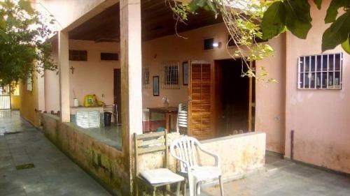 Ótima Casa, Lado Praia Em Itanhaém! Com 03 Quartos. Visite!