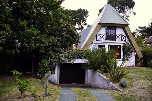 Casa En San Rafael, 3 Dormitorios - Ref: 4050