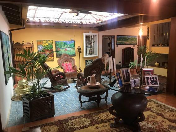 Se Vende Casa 550m2 6h/7b/4p Colinas De Los Ruices