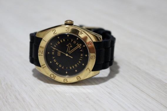 Relógio Tommy Hilfiger - Com Pulseira De Silicone Preta