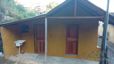 Casa- Petrópolis, Duchas - L1773