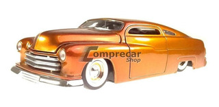 Miniatura Mercury 1951 Laranja Jada Toys 1/24