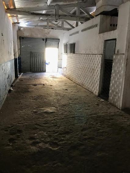 Galpão Em Rocas, Natal/rn De 140m² Para Locação R$ 800,00/mes - Ga366795