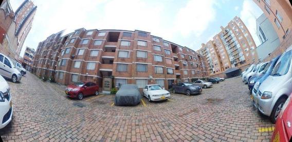 Apartamento En La Campanela Mls 20-514 Fr