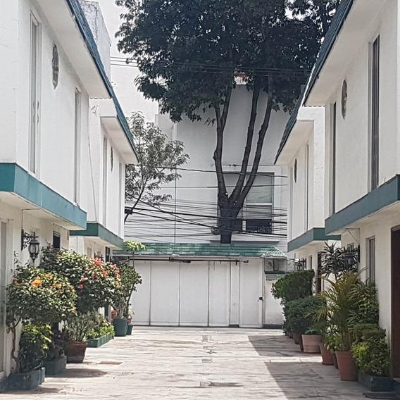 Ubicación Privilegiada Casa Remodelada Cerca Parque Hundido