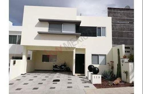 Casa En Venta/cumbres Del Lago/juriquilla