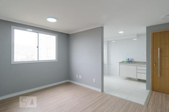 Apartamento No 2º Andar Com 2 Dormitórios E 1 Garagem - Id: 892950077 - 250077