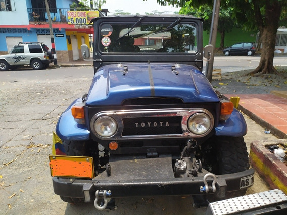 Toyota Land Cruiser Año 76