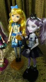 Ever After High Blondie Looks