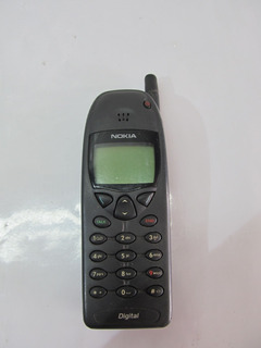 Celular Antigo - Nokia 6120 (não Liga)