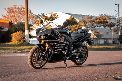 Imagem 1 de 12 de Yamaha R1 2010