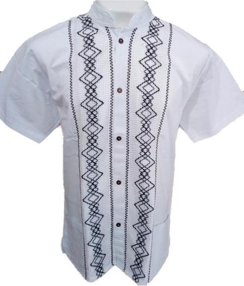Camisa/guayabera Artesanal. Cuello Mao.