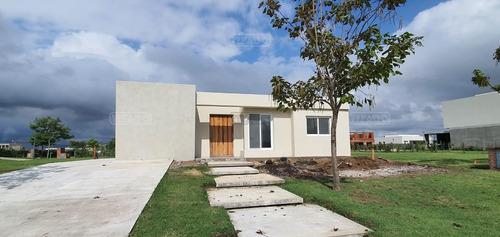 Casa  En Venta Ubicado En Puertos, Escobar, G.b.a. Zona Norte