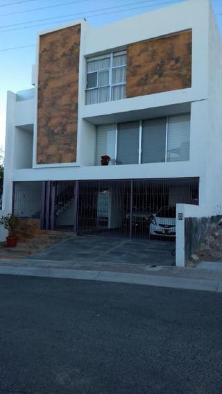 Casa En Venta, Fraccionamiento Punta Esmeralda, Corregidora