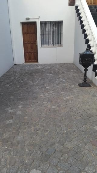 Consultorio C/baño Y Cochera. Olivos, Vicente López.