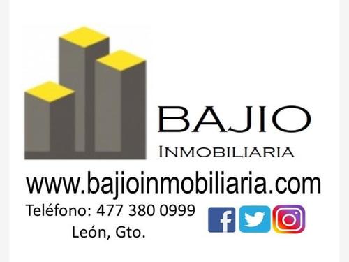 Imagen 1 de 12 de Local Comercial En Renta Centro