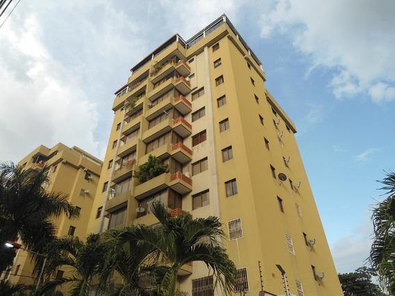 Apartamento En Venta Urb La Soledad Cod. 20-6163