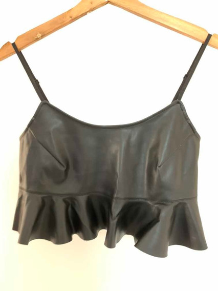 Top Urban Outfitters Simil Cuero
