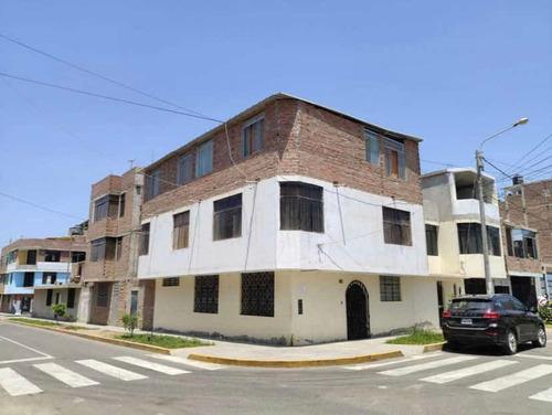 Casa - 210 M2 - 9 Dormitorios - 5 Baños
