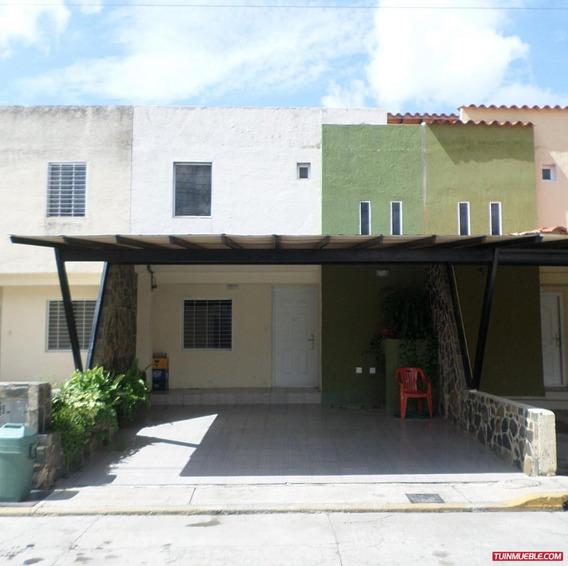 Townhouses En Villa San Rafael Emperatriz 04124637555
