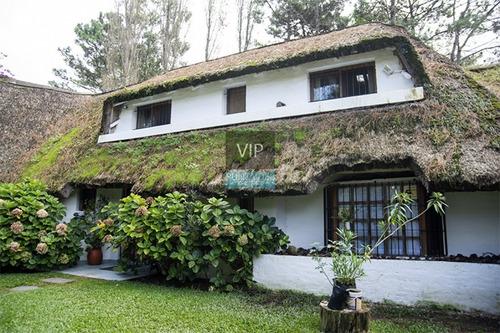 Muy Linda Casa En Zona Rincón Del Indio, Punta Del Este- Ref: 509