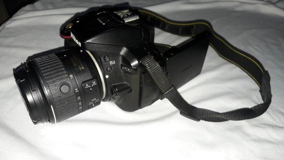 Nikon D5300, Lente 18/55mm, Bateria, Carregador Originais.