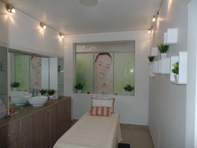 Alquilo Ambiente Para Cosmiatra Y Baño Con Jacuzzi En Lince