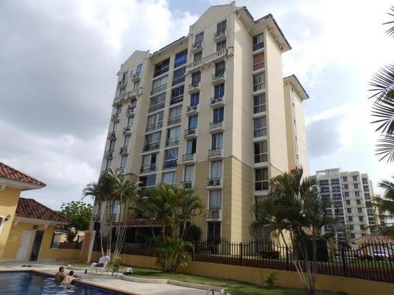 20-6020mvd Se Vende Apartamento Amoblado Condado Del Rey