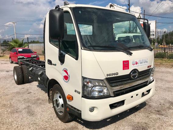 Hino Serie 300 816 - Camiones Toyota
