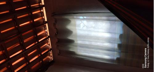 Imagem 1 de 1 de Instalação De Cortinas