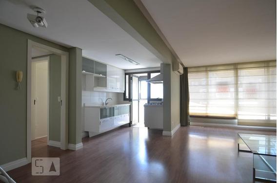 Apartamento No 8º Andar Com 2 Dormitórios E 2 Garagens - Id: 892968259 - 268259